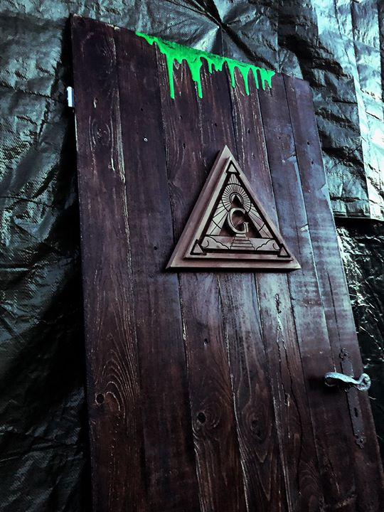 There's something strange behind that door (Finishing one of our haunted door for the…