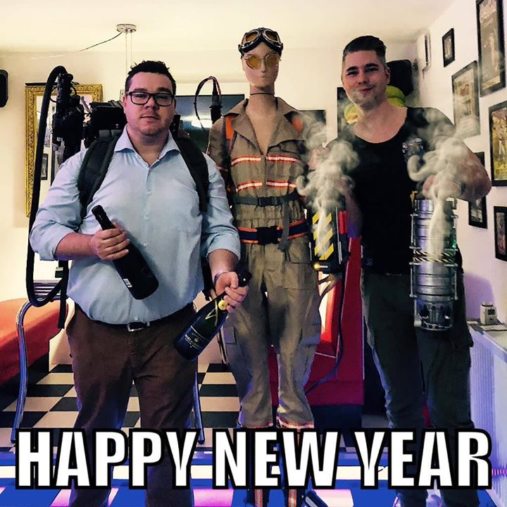 Happy new year 2018 to all you ghostheads. _____ Ein frohes neues Jahr 2018…