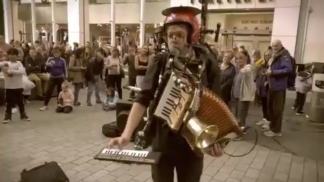 That´s aweseome … performed by Anders Flanderz One Man Band