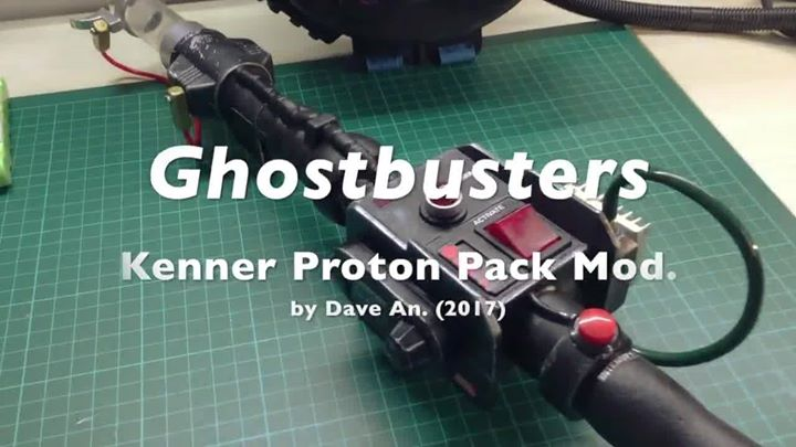 Ghostbusters KENNER – Proton Pack Mod. with lights and sounds (RGB accurate)